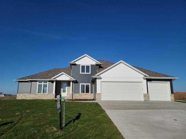 W7111 Ridgeline Trail, Greenville, WI 54942 (#50232153) :: Todd Wiese Homeselling System, Inc.
