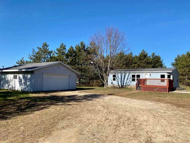 E1688 Akron Avenue, Waupaca, WI 54981 (#50232173) :: Ben Bartolazzi Real Estate Inc