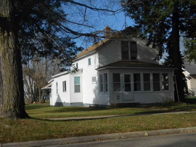 811 S Lafayette Street, Shawano, WI 54166 (#50232197) :: Ben Bartolazzi Real Estate Inc