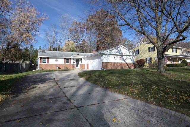 2678 Bittersweet Avenue, Green Bay, WI 54301 (#50232221) :: Ben Bartolazzi Real Estate Inc