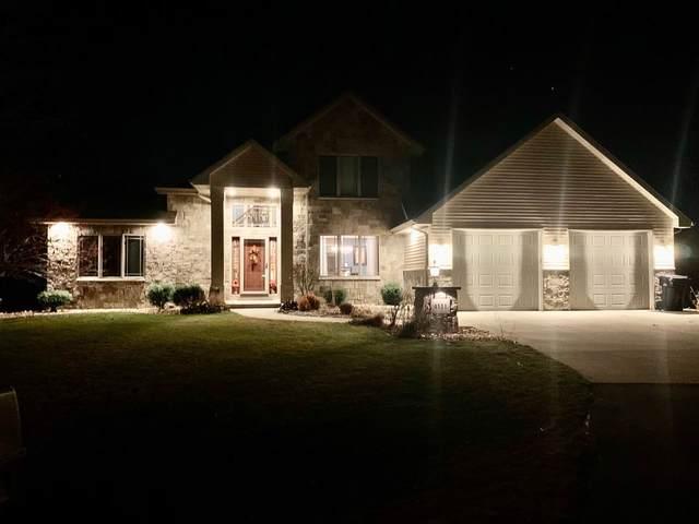 4111 S Woodendale Way, Appleton, WI 54915 (#50232229) :: Ben Bartolazzi Real Estate Inc