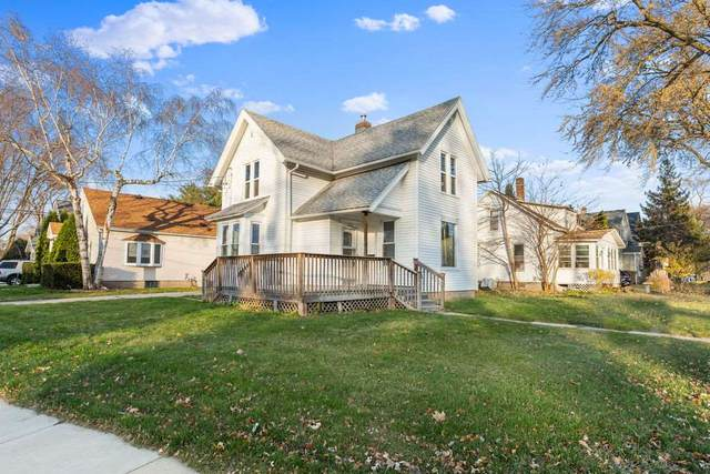 300 Prospect Avenue, Beaver Dam, WI 53916 (#50232244) :: Symes Realty, LLC