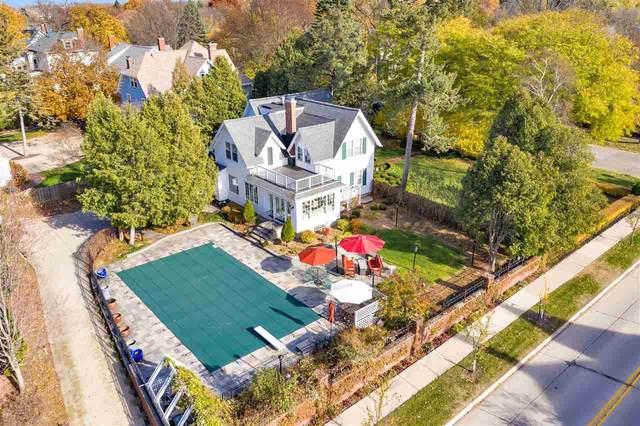 840 S Madison Street, Green Bay, WI 54301 (#50232258) :: Ben Bartolazzi Real Estate Inc
