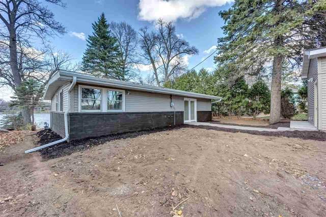 1794 Lakeshore Drive, Menasha, WI 54952 (#50232376) :: Ben Bartolazzi Real Estate Inc