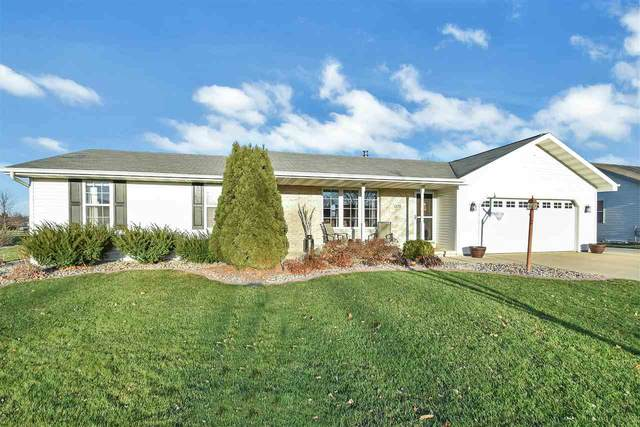 1375 Carrington Lane, De Pere, WI 54115 (#50232426) :: Symes Realty, LLC