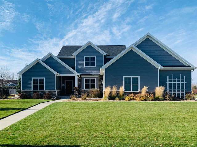 3831 N Maple Edge Court, Appleton, WI 54913 (#50232535) :: Symes Realty, LLC