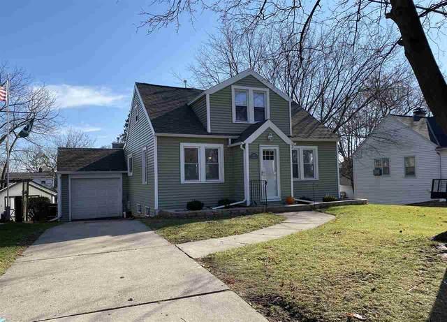 2121 S Broadway Avenue, Green Bay, WI 54304 (#50232558) :: Ben Bartolazzi Real Estate Inc