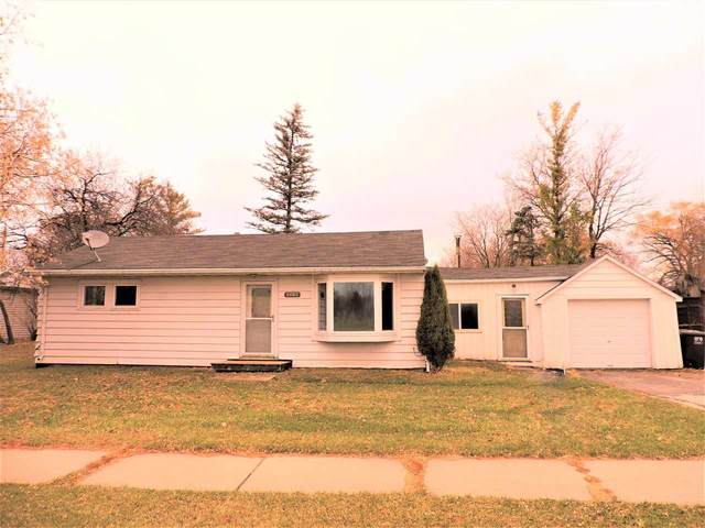 1213 E Main Street, Omro, WI 54963 (#50232593) :: Todd Wiese Homeselling System, Inc.
