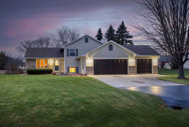 2874 Colleen Court, Oshkosh, WI 54904 (#50232626) :: Symes Realty, LLC