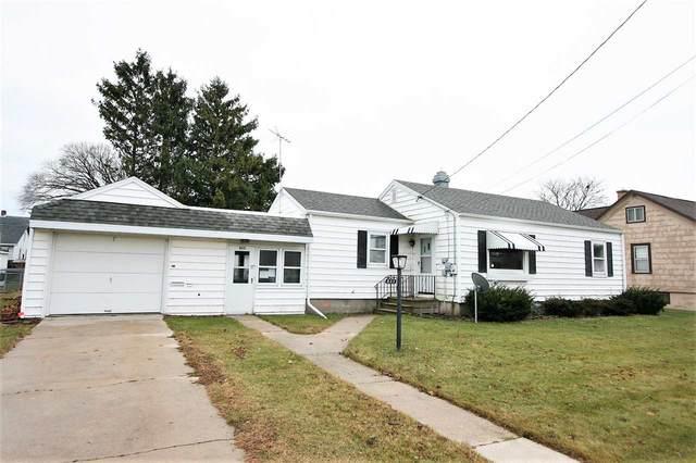 825 Lowell Street, Two Rivers, WI 54241 (#50232648) :: Ben Bartolazzi Real Estate Inc