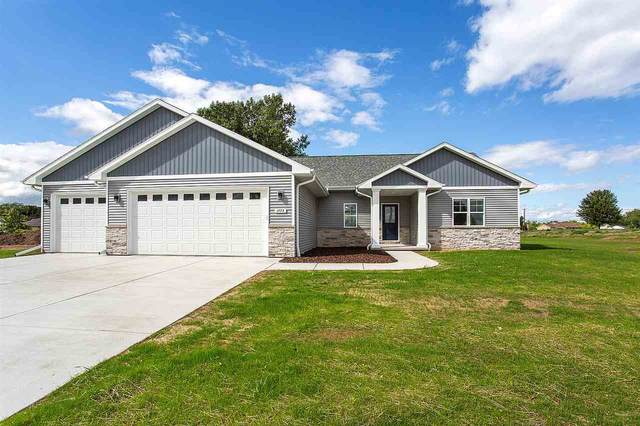 2156 Fox Point Circle, De Pere, WI 54115 (#50232721) :: Ben Bartolazzi Real Estate Inc