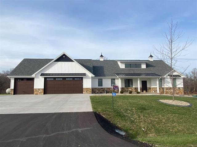 W7494 Cross Country Lane, Hortonville, WI 54944 (#50232737) :: Dallaire Realty