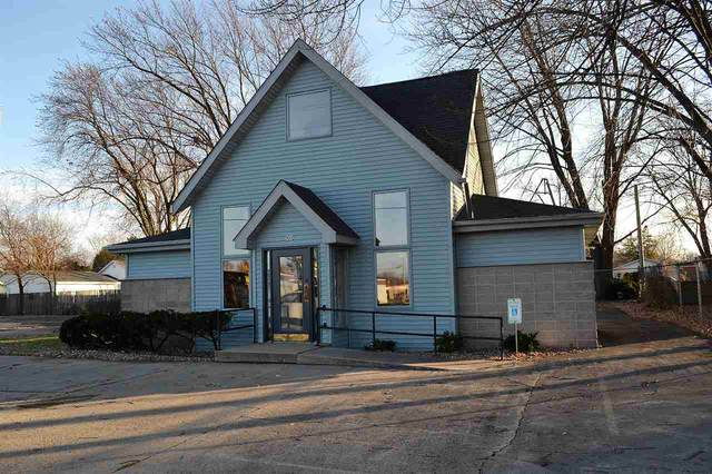 511 W Murdock Avenue, Oshkosh, WI 54901 (#50232816) :: Town & Country Real Estate