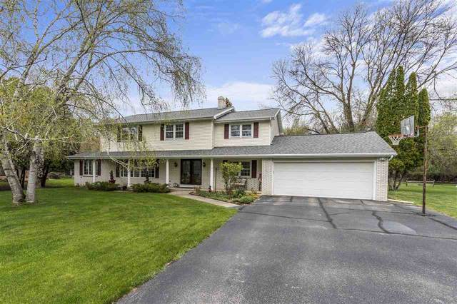 33 Meadowbrook Court, Appleton, WI 54914 (#50232834) :: Dallaire Realty