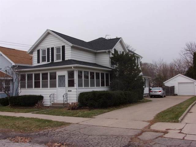 426 W 10TH Avenue, Oshkosh, WI 54902 (#50232895) :: Town & Country Real Estate