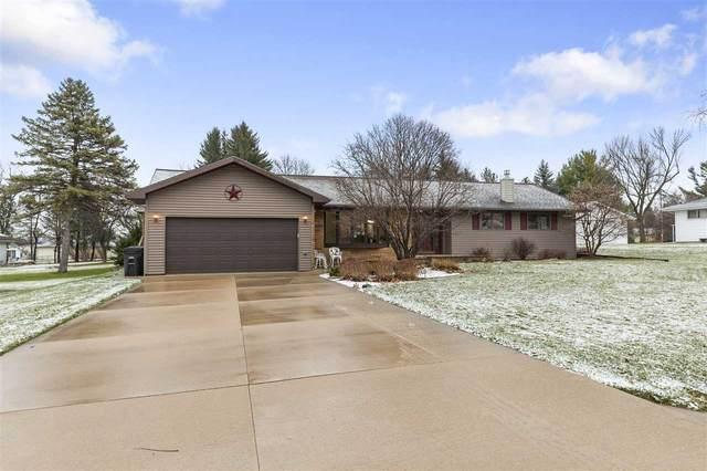 N1572 Ridgeway Drive, Greenville, WI 54944 (#50232913) :: Ben Bartolazzi Real Estate Inc