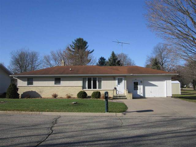 1313 S Andrews Street, Shawano, WI 54166 (#50232929) :: Ben Bartolazzi Real Estate Inc