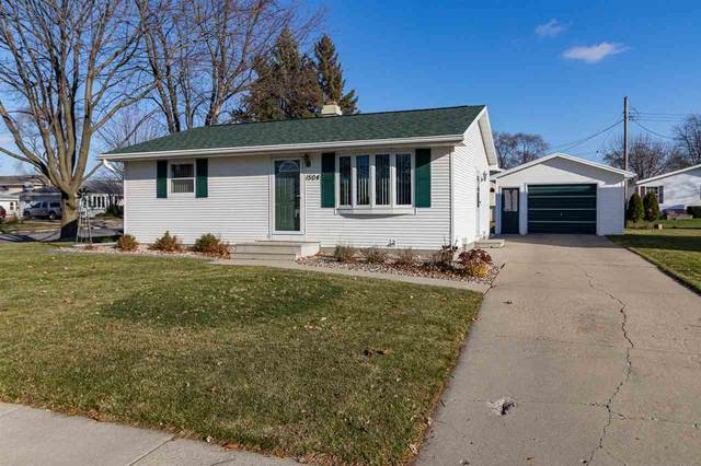 1504 Bruce Street, Neenah, WI 54956 (#50232960) :: Symes Realty, LLC