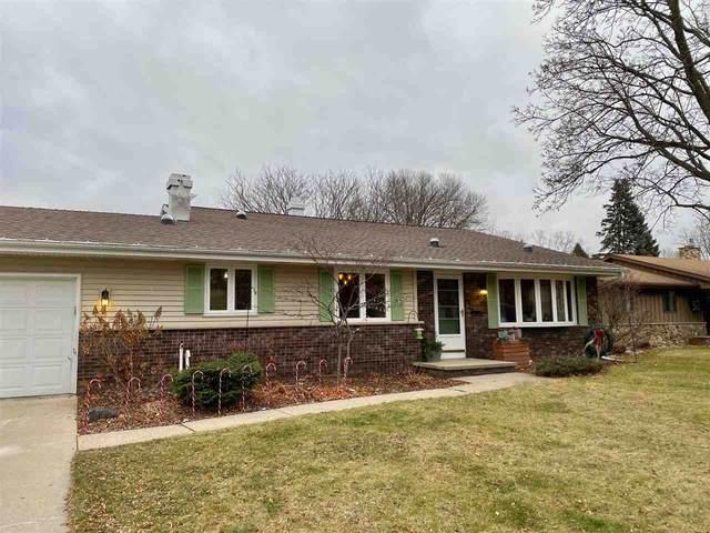 1024 E Park Ridge Drive, Appleton, WI 54911 (#50232973) :: Symes Realty, LLC