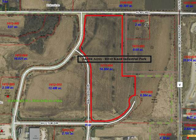 River Knoll Drive, Mayville, WI 53050 (#50232983) :: Dallaire Realty