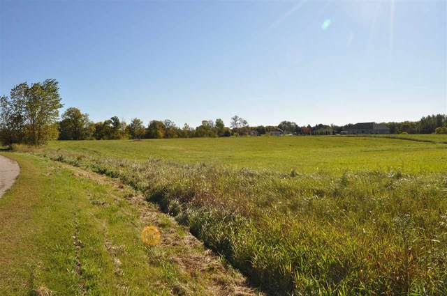 Prairie Gardens Lane, Pulaski, WI 54162 (#50233005) :: Town & Country Real Estate