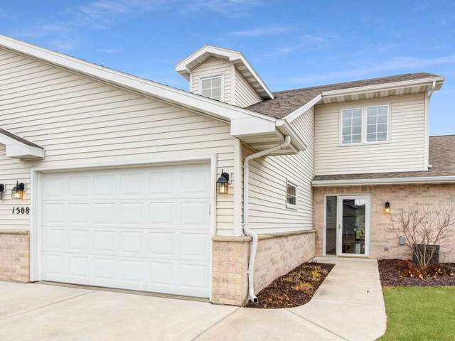 1508 River Pines Drive, Green Bay, WI 54311 (#50233053) :: Dallaire Realty