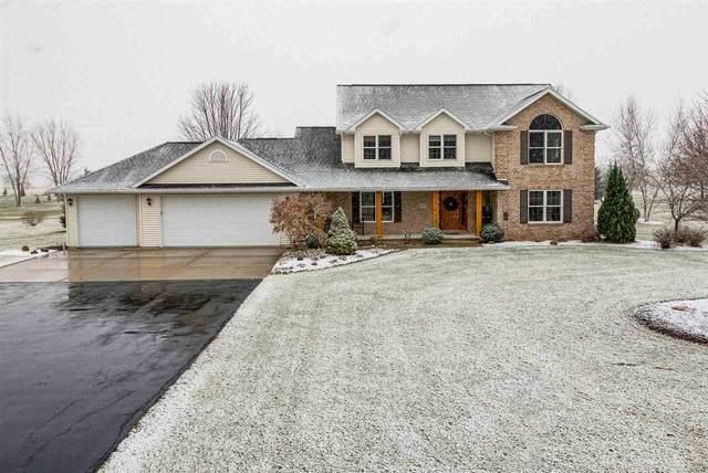 W3855 Lone Oak Drive, Appleton, WI 54913 (#50233058) :: Dallaire Realty