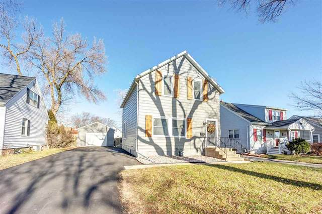 812 Waverly Place, Green Bay, WI 54304 (#50233062) :: Todd Wiese Homeselling System, Inc.
