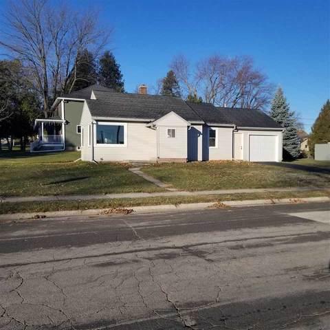 2201 Van Buren Street, New Holstein, WI 53061 (#50233064) :: Town & Country Real Estate