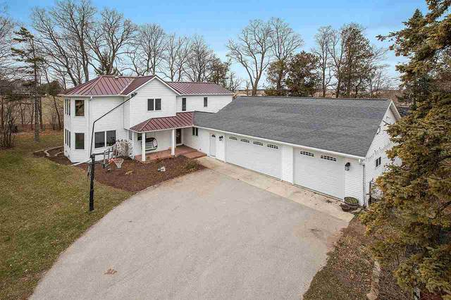 6168 E Center Road, Sturgeon Bay, WI 54235 (#50233075) :: Town & Country Real Estate