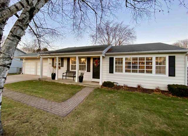 1676 Murphy Drive, Green Bay, WI 54303 (#50233079) :: Ben Bartolazzi Real Estate Inc