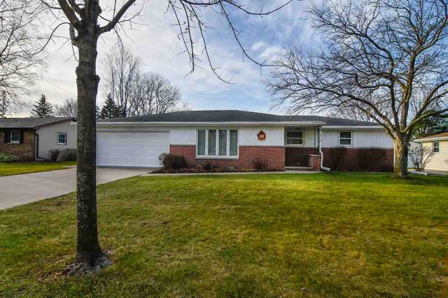 1181 Nova Lane, Green Bay, WI 54304 (#50233082) :: Ben Bartolazzi Real Estate Inc