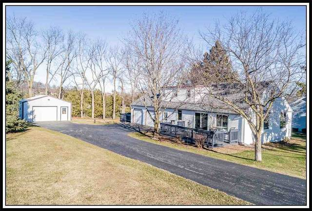 W7822 Mason Street, Hortonville, WI 54944 (#50233088) :: Todd Wiese Homeselling System, Inc.