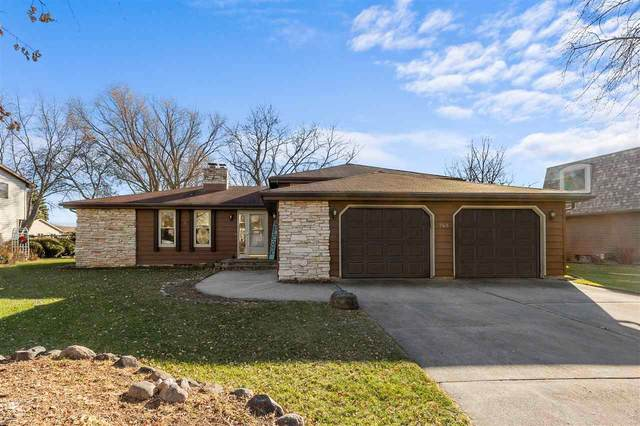 765 Manchester Road, Neenah, WI 54956 (#50233098) :: Ben Bartolazzi Real Estate Inc