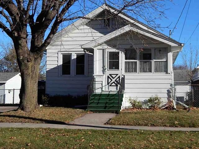 1606 Mt Vernon Street, Oshkosh, WI 54901 (#50233103) :: Town & Country Real Estate