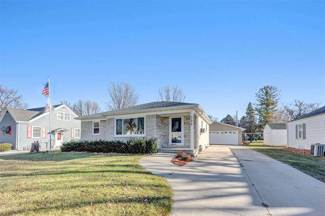 706 Roy Avenue, Green Bay, WI 54303 (#50233136) :: Ben Bartolazzi Real Estate Inc