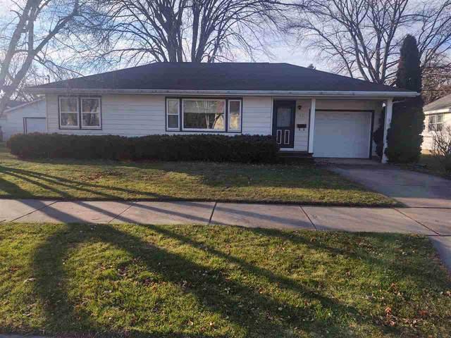 931 Powers Street, Oshkosh, WI 54901 (#50233153) :: Town & Country Real Estate