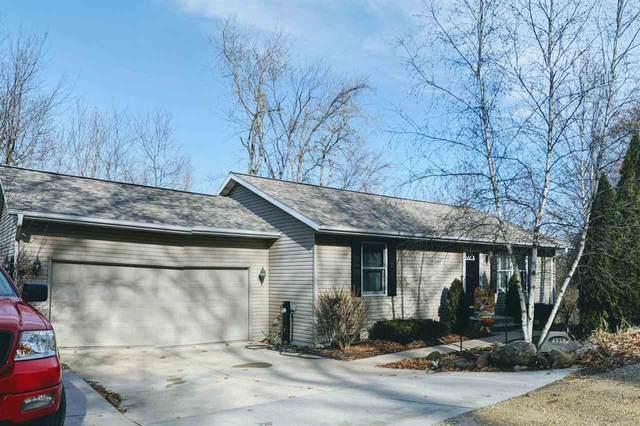 N4959 Woodlawn Terrace, Poynette, WI 53955 (#50233171) :: Todd Wiese Homeselling System, Inc.
