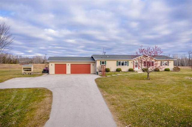 E5402 9TH Road, Algoma, WI 54201 (#50233204) :: Dallaire Realty