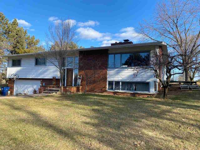 E8847 Hudson Road, Clintonville, WI 54929 (#50233236) :: Town & Country Real Estate