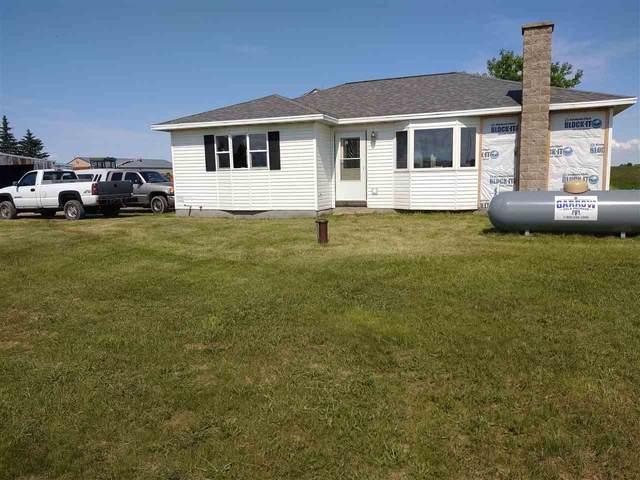 N5038 Twelve Corners Road, Black Creek, WI 54106 (#50233274) :: Todd Wiese Homeselling System, Inc.