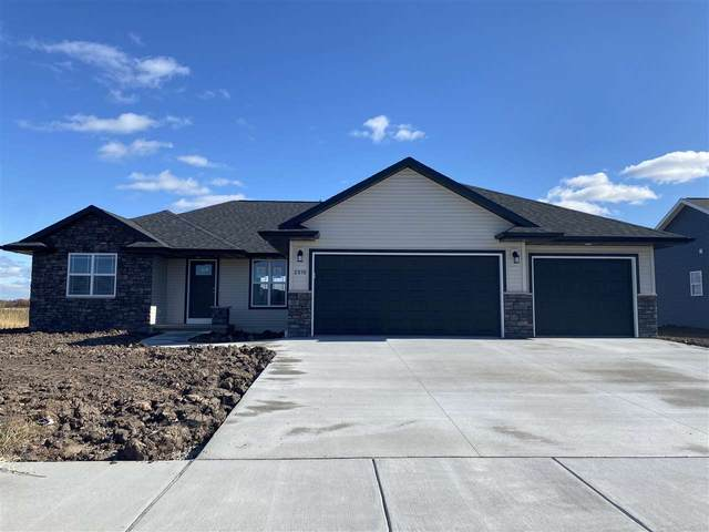 2824 Tambour Trail, De Pere, WI 54115 (#50233275) :: Todd Wiese Homeselling System, Inc.