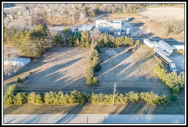 200 W Howard Street, Manawa, WI 54949 (#50233287) :: Dallaire Realty
