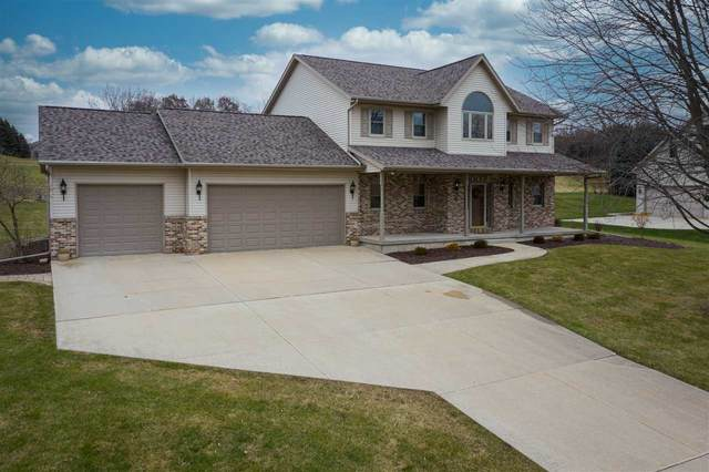 447 Ledgewood Drive, Fond Du Lac, WI 54937 (#50233344) :: Dallaire Realty
