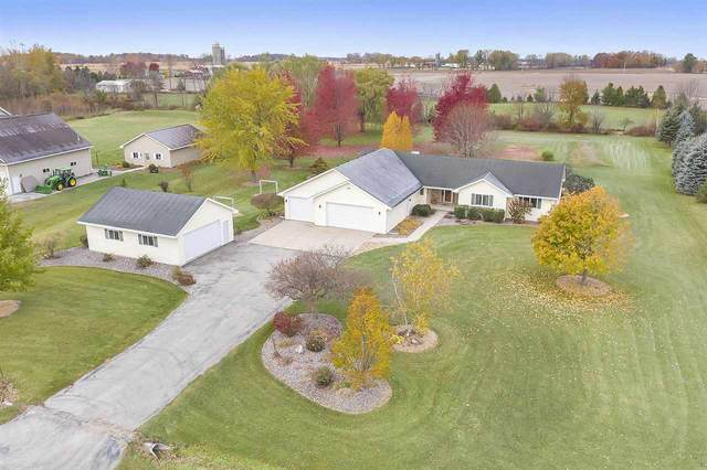 N8553 Woodland Drive, Seymour, WI 54165 (#50233395) :: Dallaire Realty