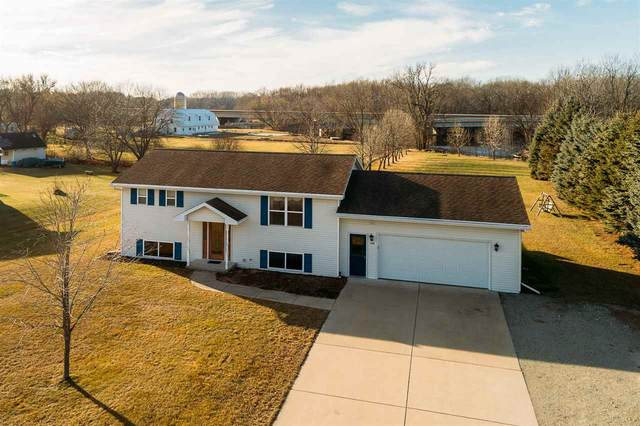108 Robin Lane, Oconto, WI 54153 (#50233414) :: Dallaire Realty