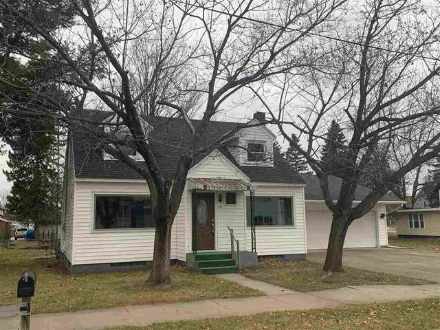 711 NE 2ND Street, Marion, WI 54950 (#50233438) :: Dallaire Realty
