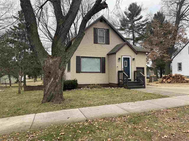 929 S Bartlett Street, Shawano, WI 54166 (#50233452) :: Todd Wiese Homeselling System, Inc.