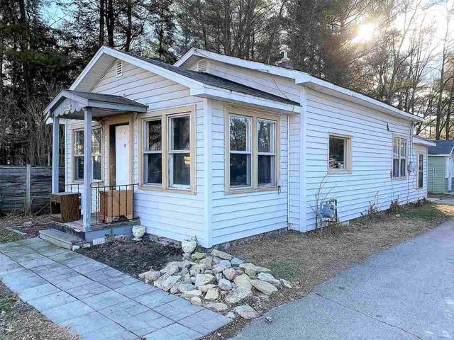 W5817 Lake Drive, Shawano, WI 54166 (#50233483) :: Ben Bartolazzi Real Estate Inc