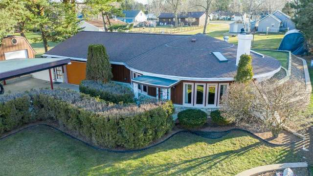 2627 Riverside Drive, Two Rivers, WI 54241 (#50233521) :: Carolyn Stark Real Estate Team